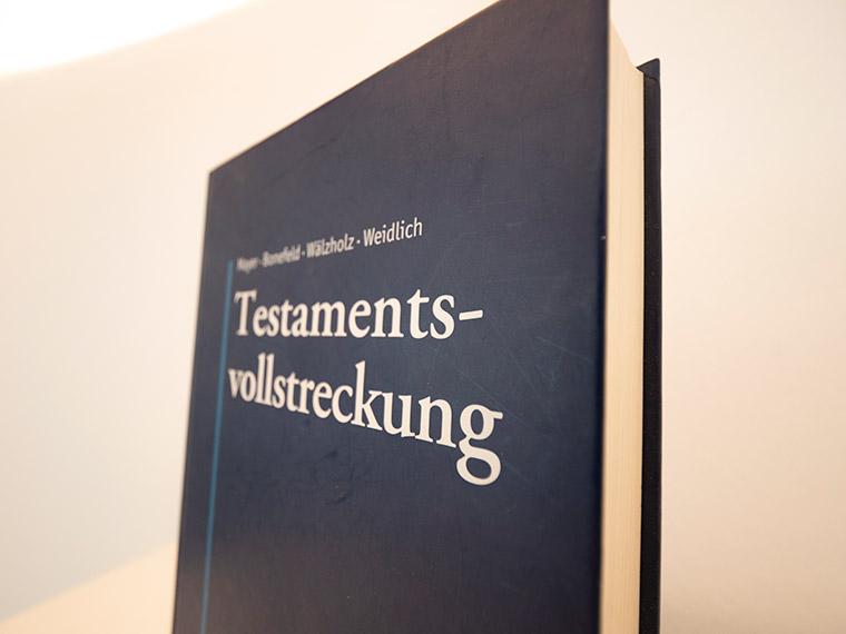 Testament und Erbrecht in München bei Rechtsanwalt Beel